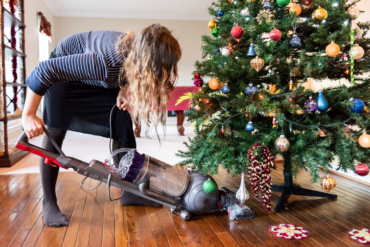 Hosting Christmas This Year? Get House Cleaning Service in Spring Valley NV!